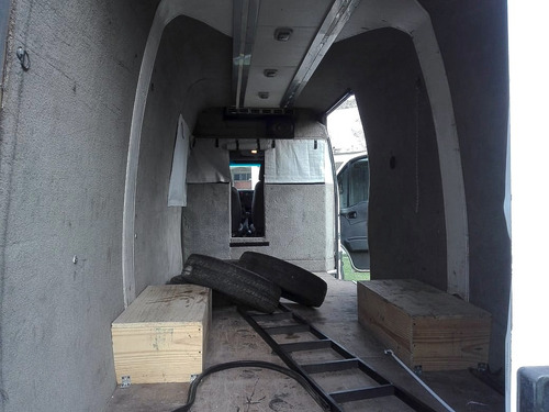 minibus iveco daily. año 2010, excelente para motohorme