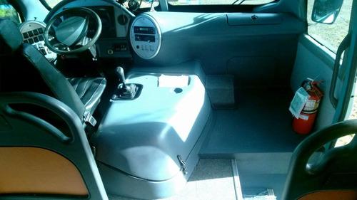 minibus mercedes benz 915 2011 24+1