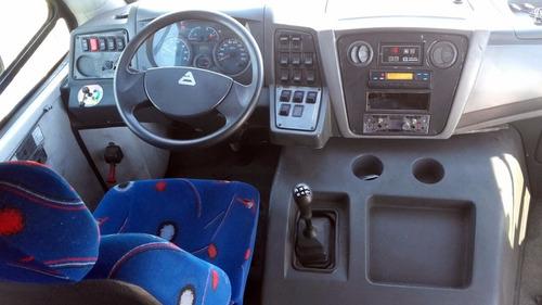 minibus volkswagen carroceria lucero 2014