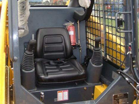 minicargadora liugong 365 / cabina vidriada joystick y aire