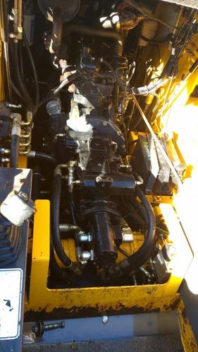 minicargadora sunbear motor cummins 2000 hs de uso mod. 2011