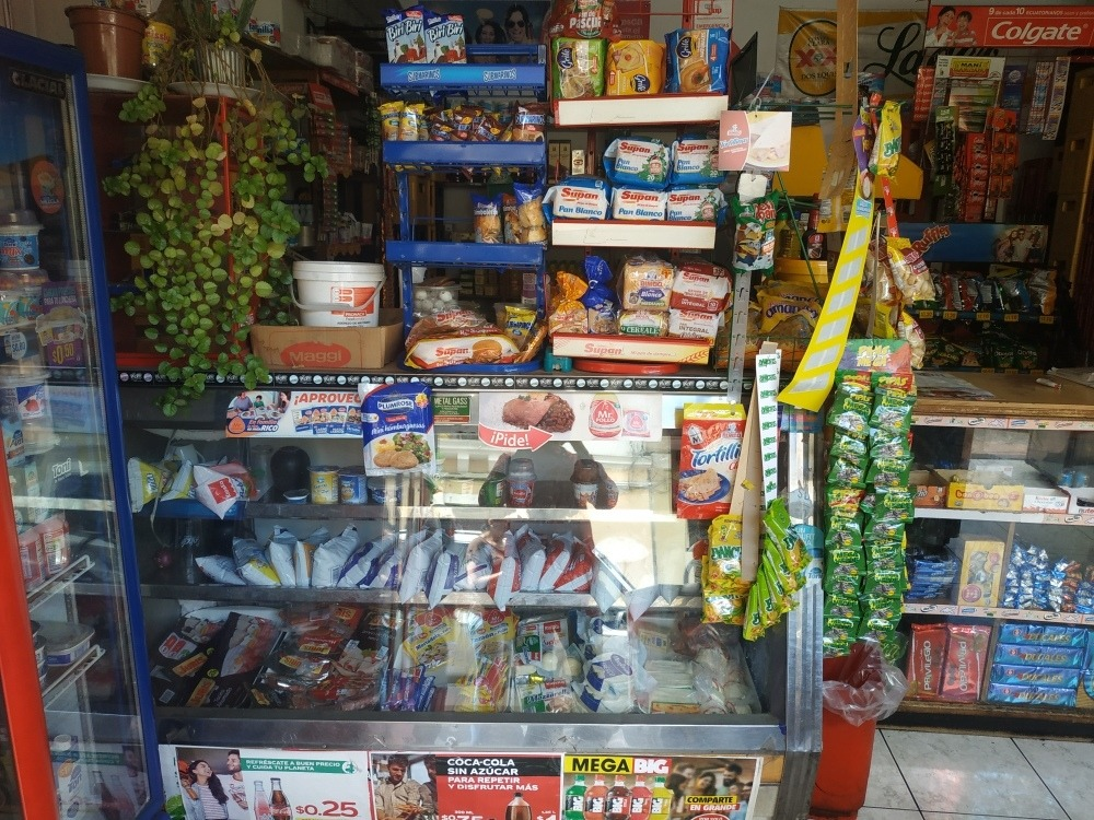 minimarket en venta (centro de quito)