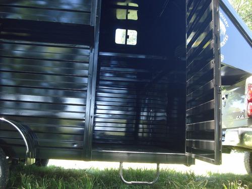 minimetal fabrica trailer para 5 equinos c/ monturero