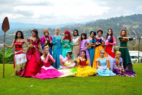 minipeluqueria de princesas, spa, show princesas disney