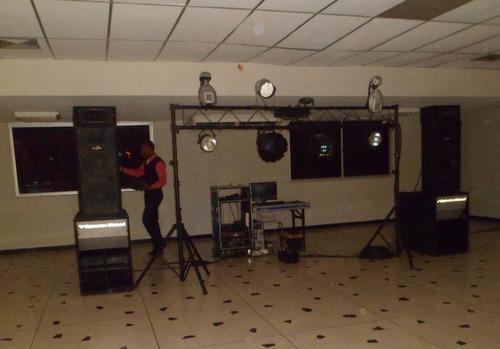 miniteca coco's discplay  alquiler de sonido e iluminacion