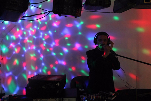 minitecas, sonido, luces, dj. animación, fiestas,