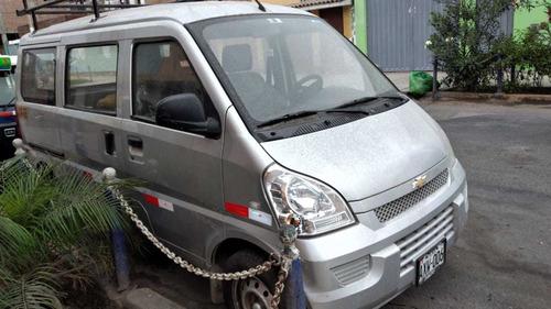 minivan chevrolet n 300 2018