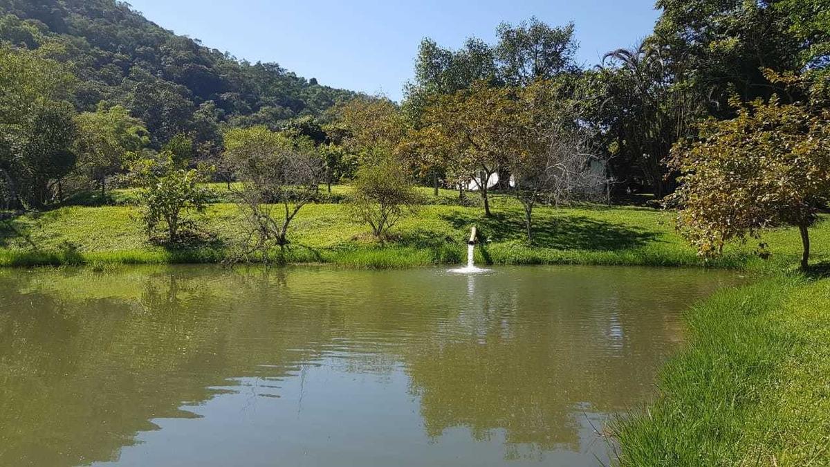 miracatu/piscina/cachoeira/pasto/lagos c/peixes/ref:04897
