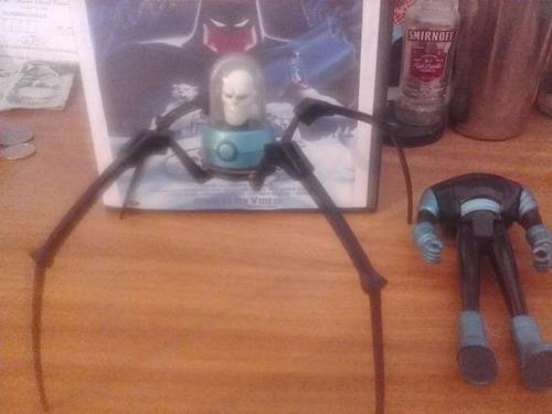 mister frio con patas de araña mecanizadas