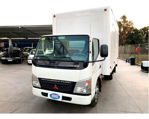 mitsubishi canter fuso 5.7 furgón carga general año 2014