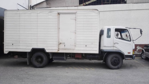 mitsubishi fk 617 de carga 7700 kg
