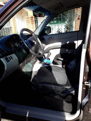 mitsubishi l200 2.4 triton hls cab. dupla flex 4p 2014