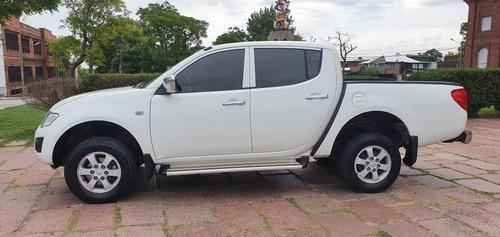 mitsubishi l200 2.5 4x2 diesel 2015 (( gl motors )) financio