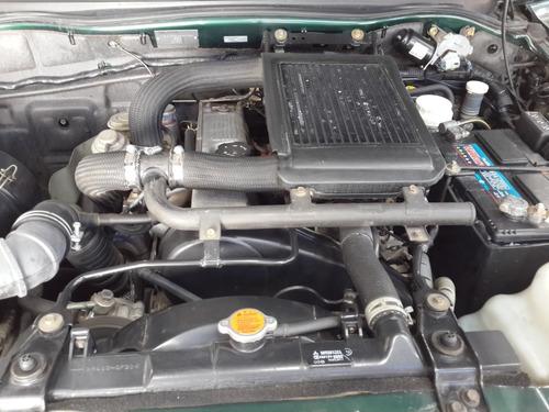 mitsubishi l200 2.5 d/cab 4x4 turbo expoeste.ùnica  con esos