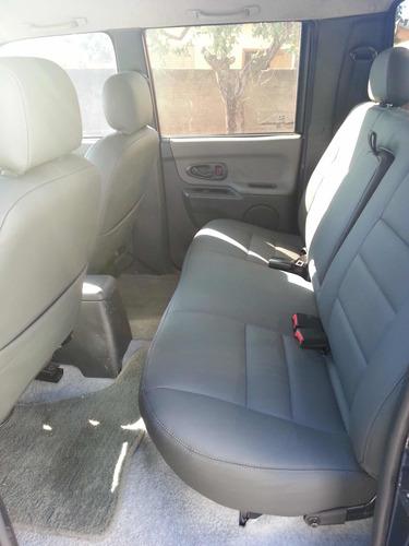 mitsubishi l200 2.5 sport hpe cab. dupla 4x4 4p 141 hp 2005