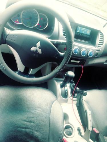 mitsubishi l200 3.2 triton hpe cab. dupla 4x4 4p 2009
