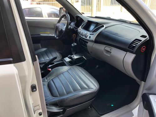 mitsubishi l200 3.2 triton hpe cab. dupla 4x4 aut. 4p 2014