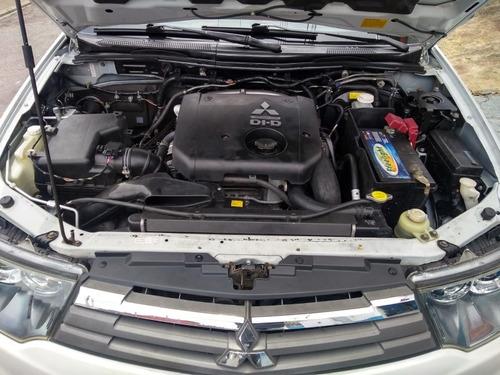 mitsubishi l200 3.2 triton hpe cab. dupla 4x4 aut. 4p 2016
