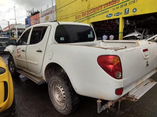 mitsubishi l200 diesel  4x4 2014 para partes