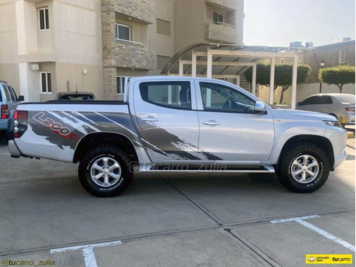 mitsubishi l200 diesel 4x4