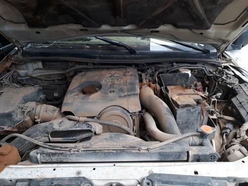 mitsubishi l200 diesel desarmo. vendo partes