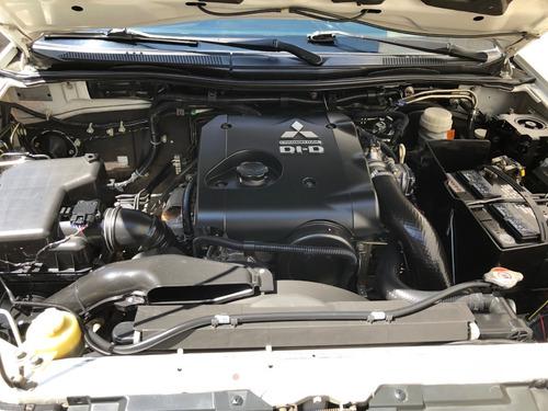 mitsubishi l200 modelo 2015 4x4 turbodiesel   nueva