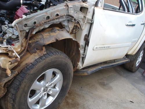 mitsubishi  l200  triton   2013  sucata   peças