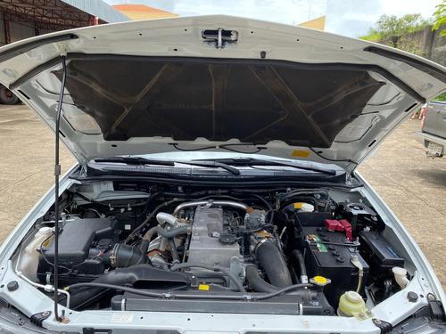 mitsubishi l200 triton 3.2 gl 4x4 diesel cd ano 2018