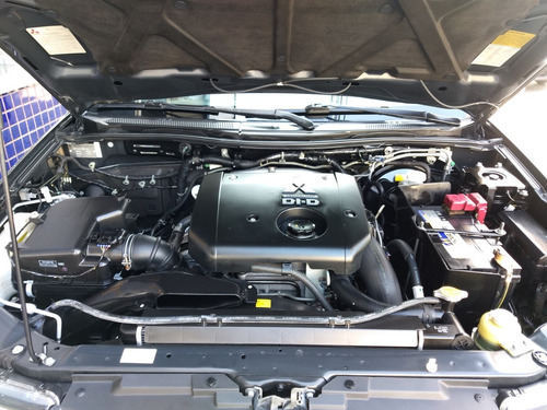 mitsubishi l200 triton hpe 2016 preta 3.2 die aut top acess
