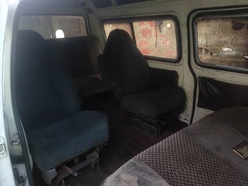 mitsubishi l300 vans con puesto