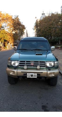 mitsubishi montero 2,8 4x4 3 puertas camioneta jeep wangler
