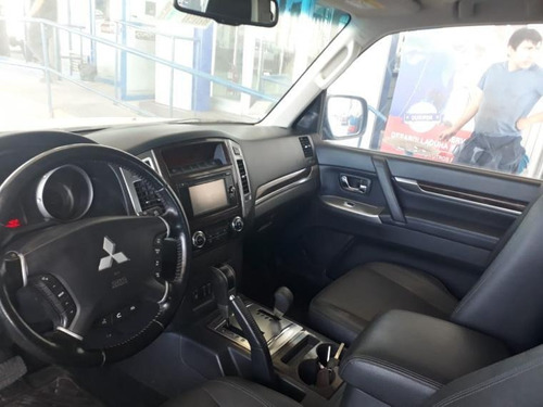 mitsubishi montero  3.2 diesel top de linea 4x4 2017