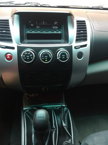 mitsubishi montero 4x4 diésel 2013