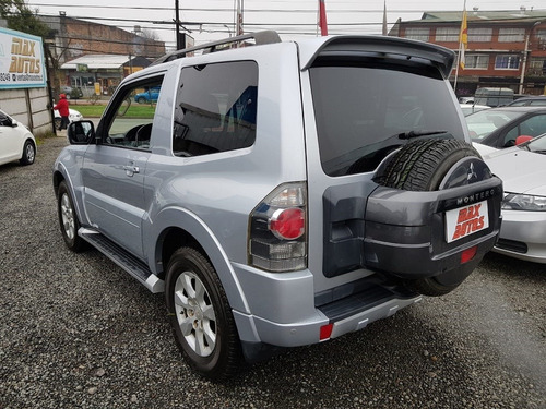 mitsubishi montero aut