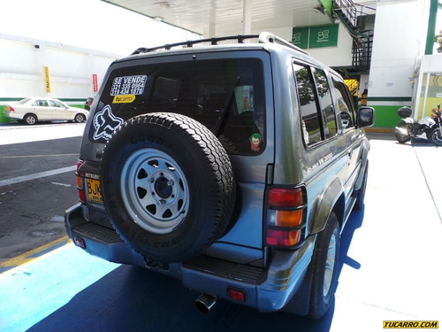mitsubishi montero hard top  mt 3000cc 6v