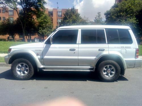 mitsubishi montero pajero v6 3000 2007