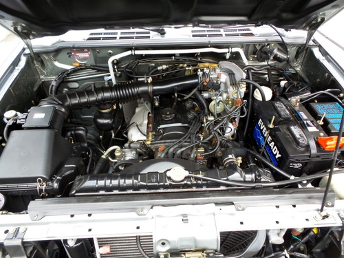 mitsubishi montero v11 vna cabinado 4x4