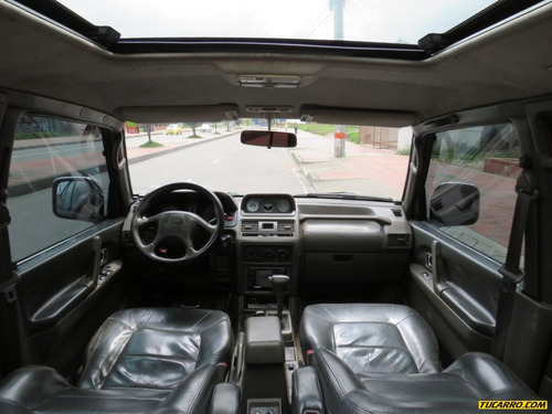 mitsubishi montero wagon at 3500cc 4x4 europea