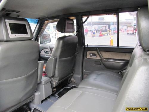 mitsubishi montero wagon v6 mt 3000cc