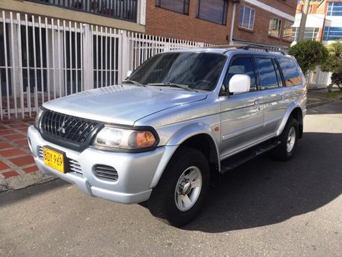 mitsubishi nativa v6 , 3.000 cc automatica 4x4 -2.004