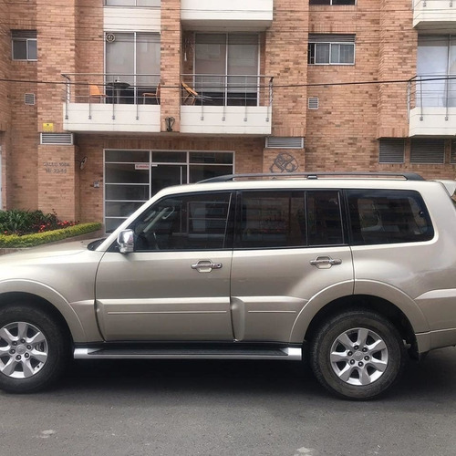 mitsubishi new montero wagon lujo at 3.2 diesel