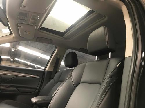 mitsubishi outlander 4x4 automático 2019 como 0km