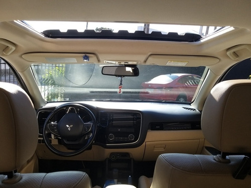 mitsubishi outlander hpe-s 2.2 turbo diesel 4x4 7 lugares