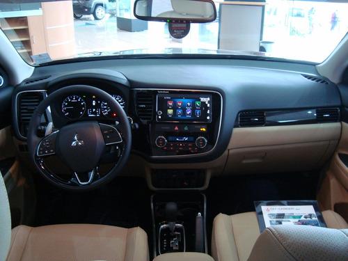 mitsubishi outlander limited motor 2.4 4 cil. 7 pasajeros