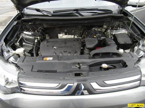 mitsubishi outlander  tp 2400cc aa ct 4x4 7psj