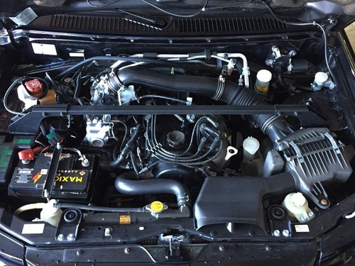 mitsubishi pajero tr4 2.0 4x4 16v 131cv gasolina 4p manual