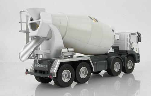 mixer camion de cemento tipo cemex, escala 1/50 en caja