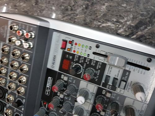 mixer de 10 entradas interfaz usb-in modelo xenyx qx1002usb
