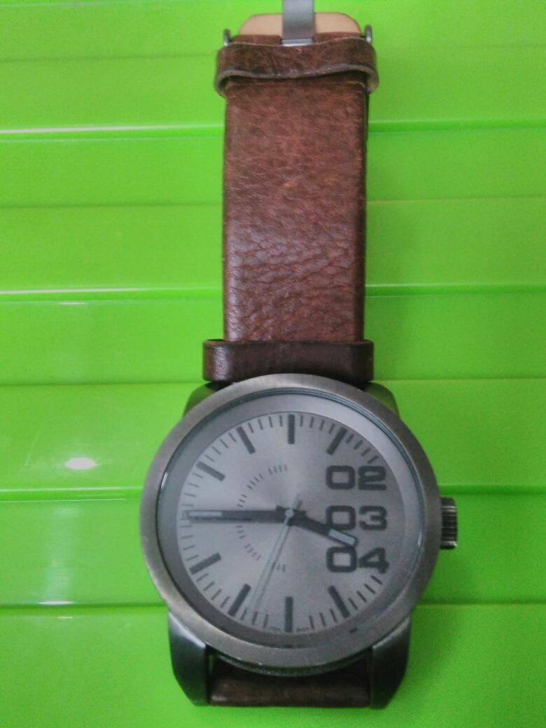f00800f11ccb mk remató reloj diesel correa de cuero originaleuropa. Cargando zoom.