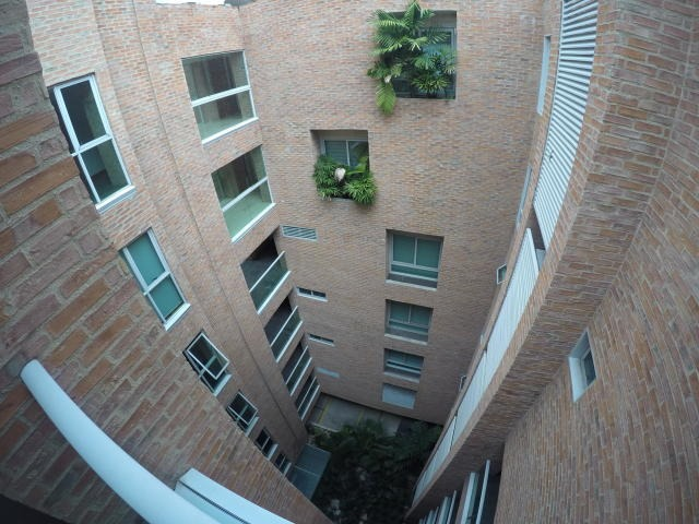 mls: 20-4042 apartamento los naranjos de las mercedes